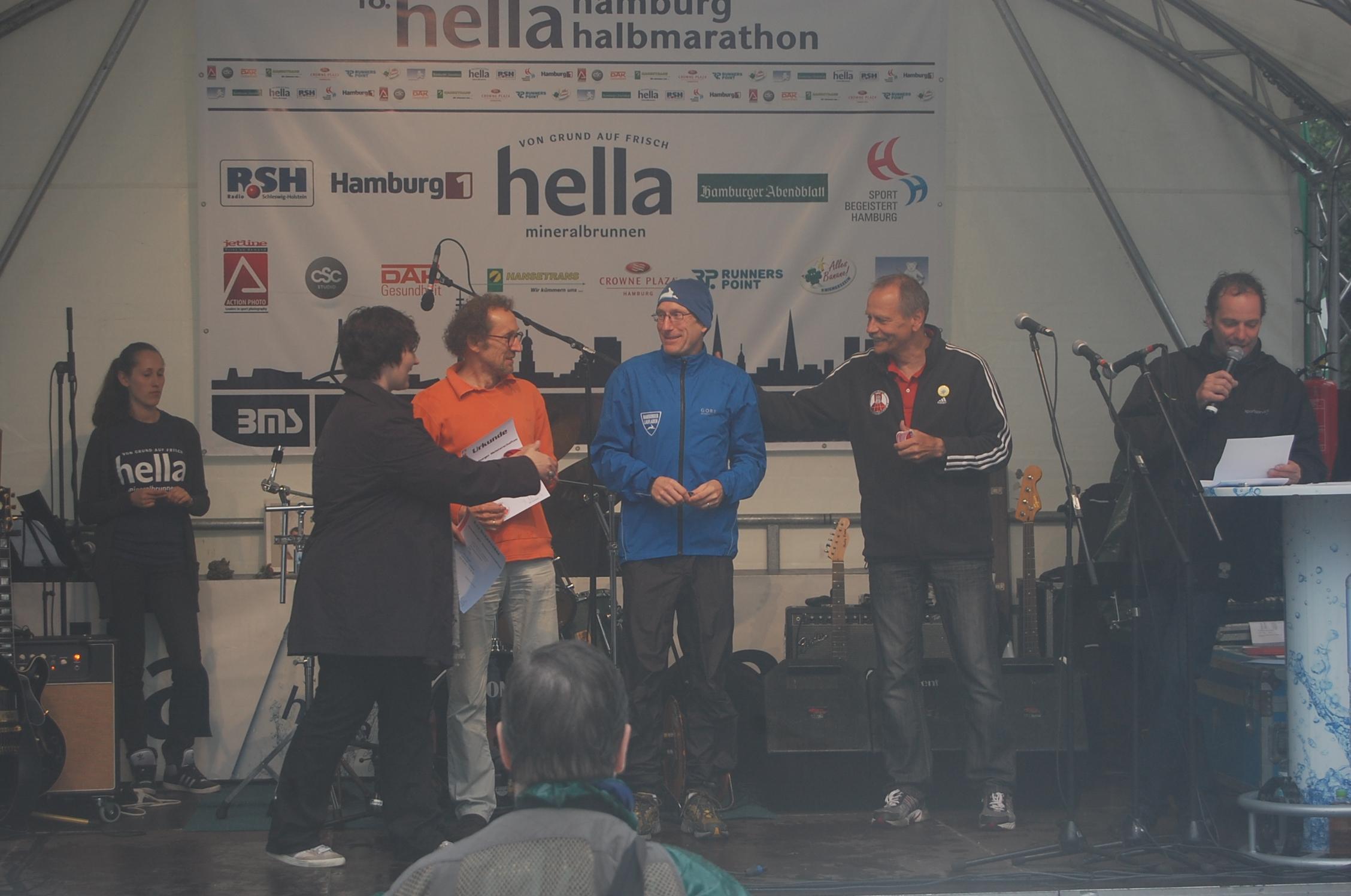 18. hella Halbmarathon: Siegerehrungen Hamburger Meisterschaften Senioren